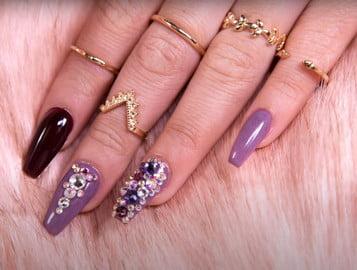 acrylic-type-nail-polish